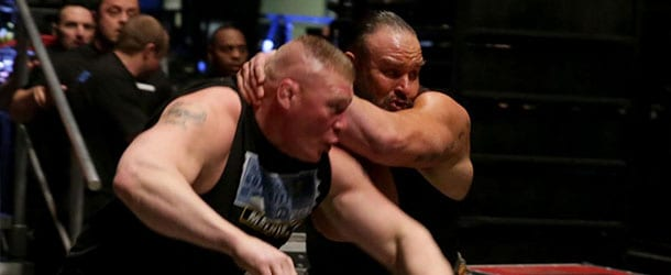 Braun-Strowman-attacks-Brock-Lesnar
