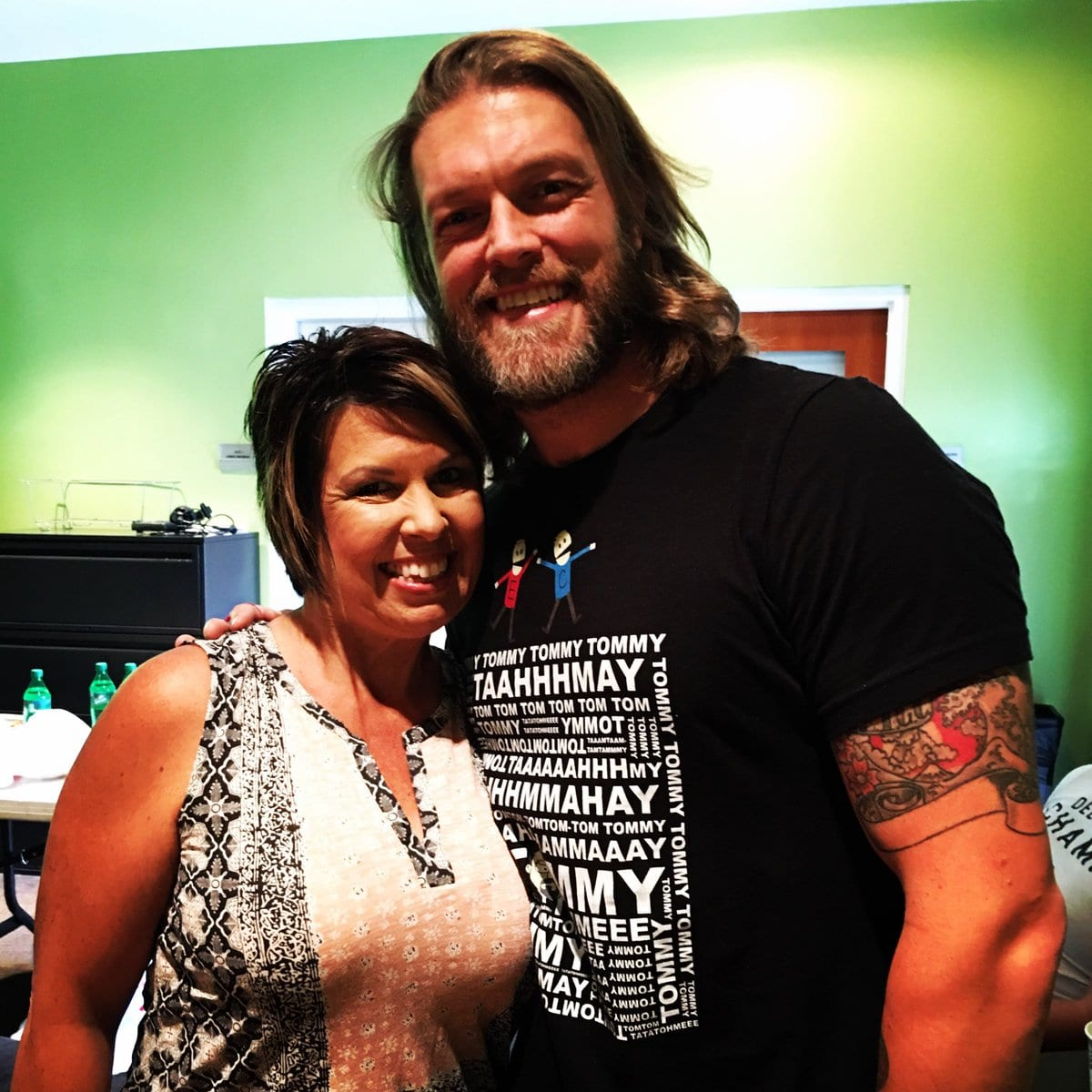 Edge Reunited With Vickie Guerrero For Filming For The Edge Christian Show For The Wwe Network Edge Shared The Below Photo On Twitter