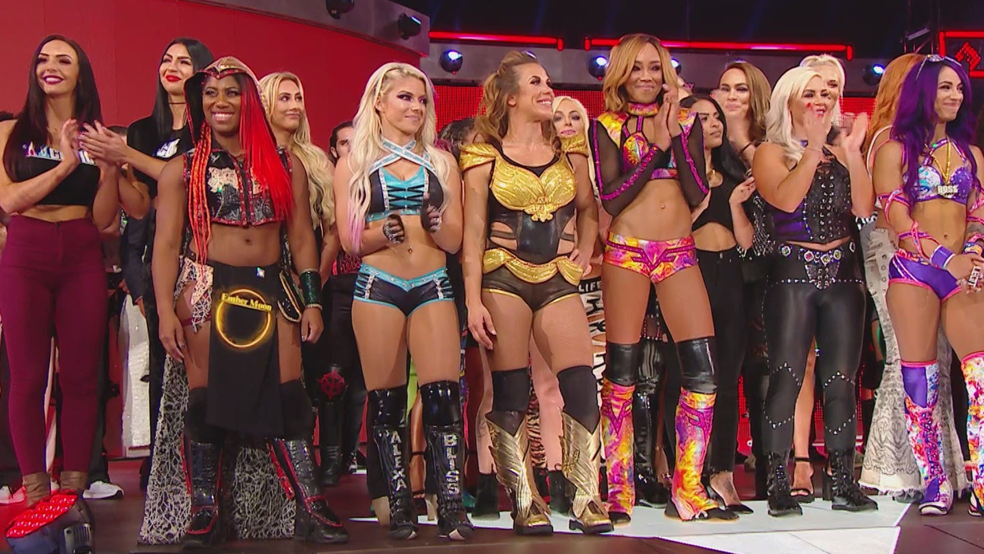 raw-commissioner-stephanie-mcmahon-and-triple-h-announced-the-first-ever-womens-pay-per-view-wwe-evolution