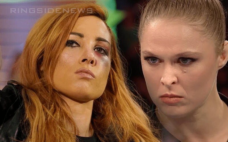 Becky-Lynch-Ronda-Rousey-Fight