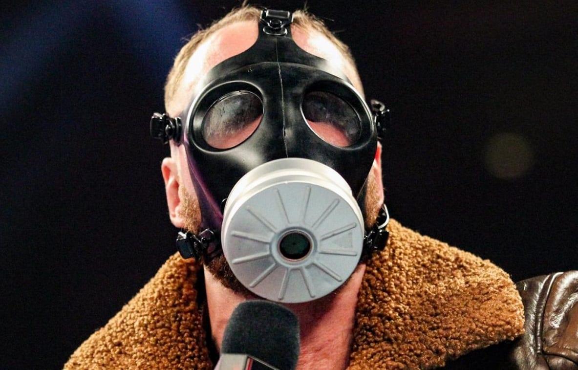 dean ambrose gasmask