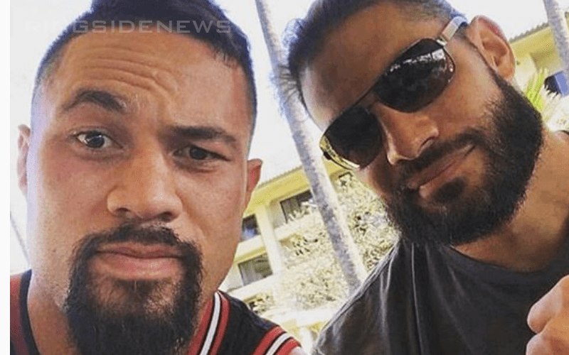 Roman-Reigns-with-Boxer