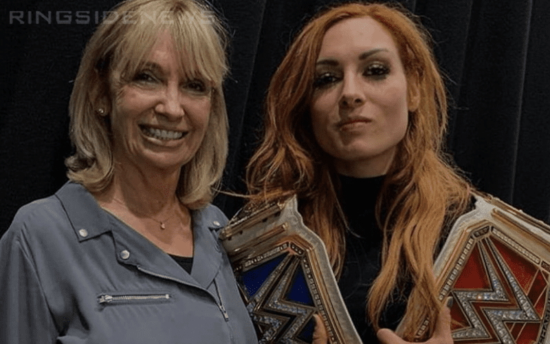 becky-lynch-and-mom