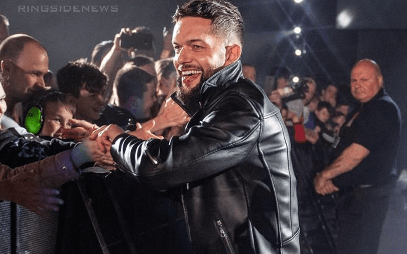 Photographic Rumor Two Top WWE Stars May Be Dating