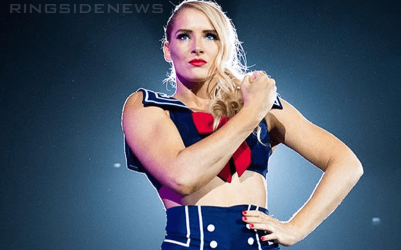 lacey-evans-424