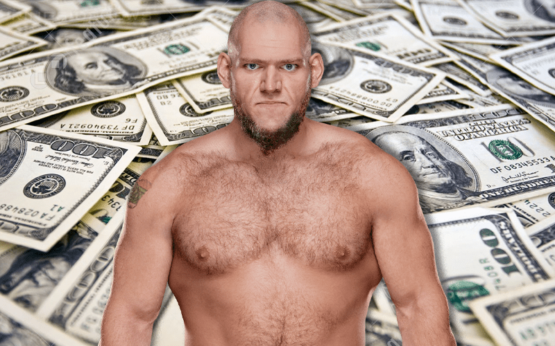 lars-sullivan-money-424