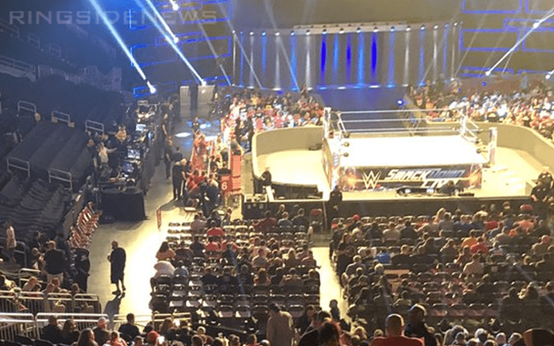 smackdown-low-attendance-24