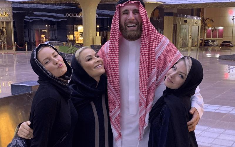 mojo-rawley-renee-young-alexa-nattie-arab
