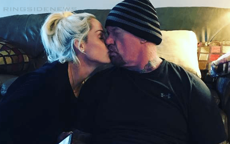 Michelle McCool On Backstage Heat Over Dating Undertaker ...Michelle Mccool And Undertaker 2013