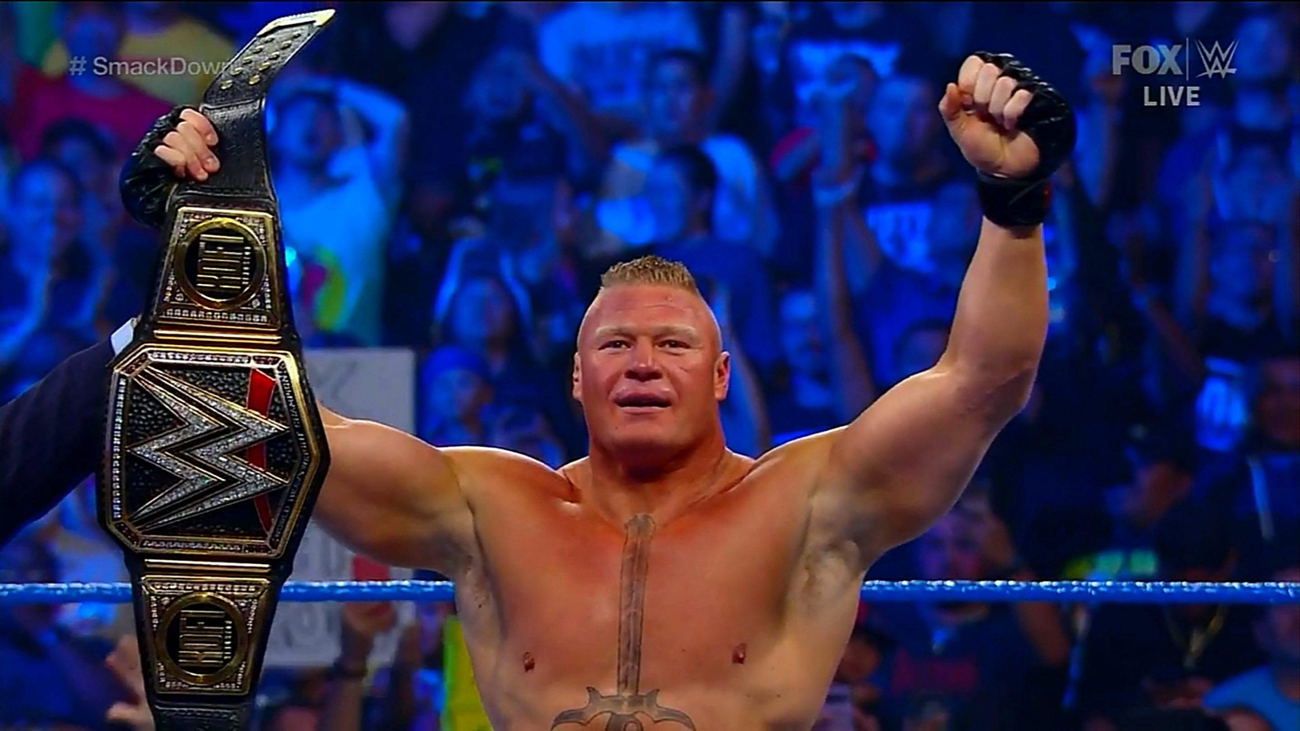 WWE827