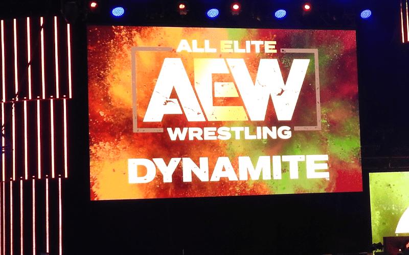 aew-dynamite-stage