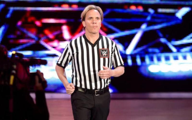 charles-robinson-wwe-referee