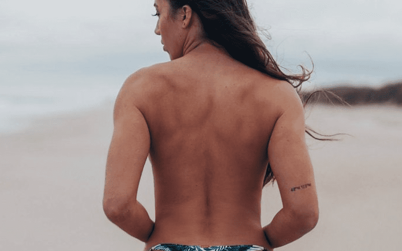 chelsea-green-topless