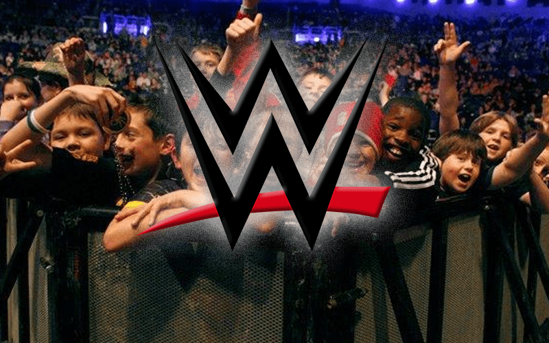 wwe-young-fans-42