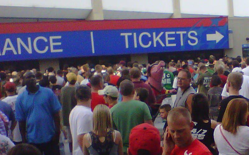 WWE-Tickets-Outside