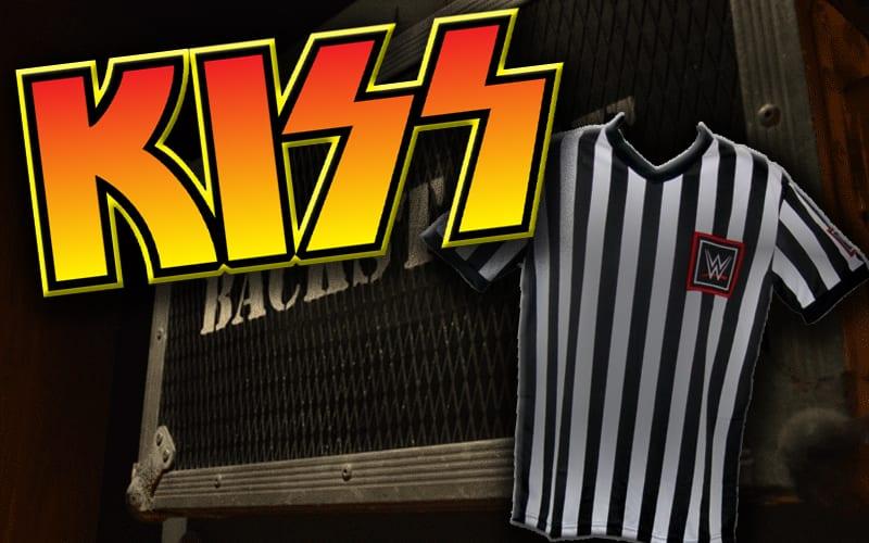kiss-wwe-referee