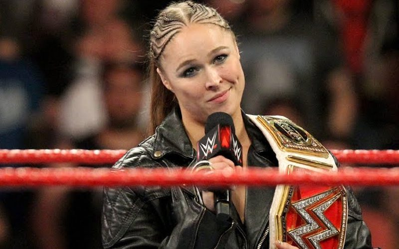ronda-rousey-look-the-look