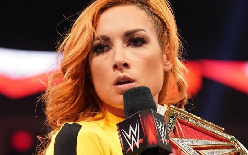 Becky-Lynch-RAW-Announcement