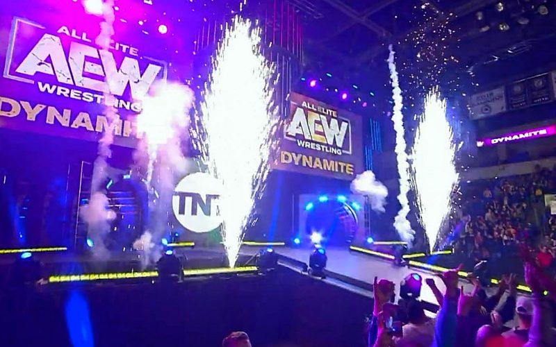 dynamite-aew-live