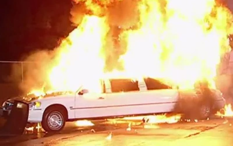 limo-explosion