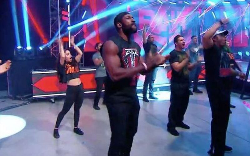 live-crowd-smackdown-48