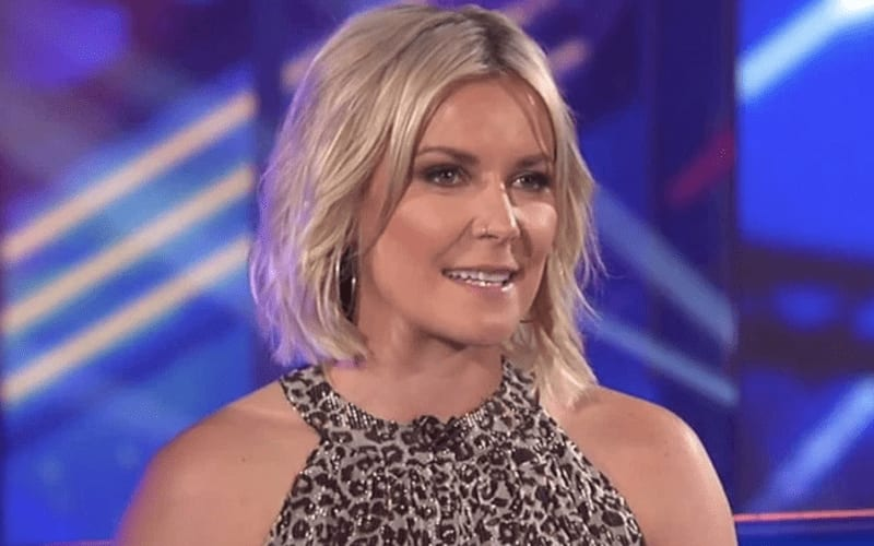 renee-young-sks