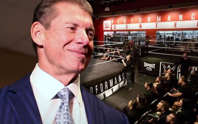 vince-mcmahon-crowd-pc