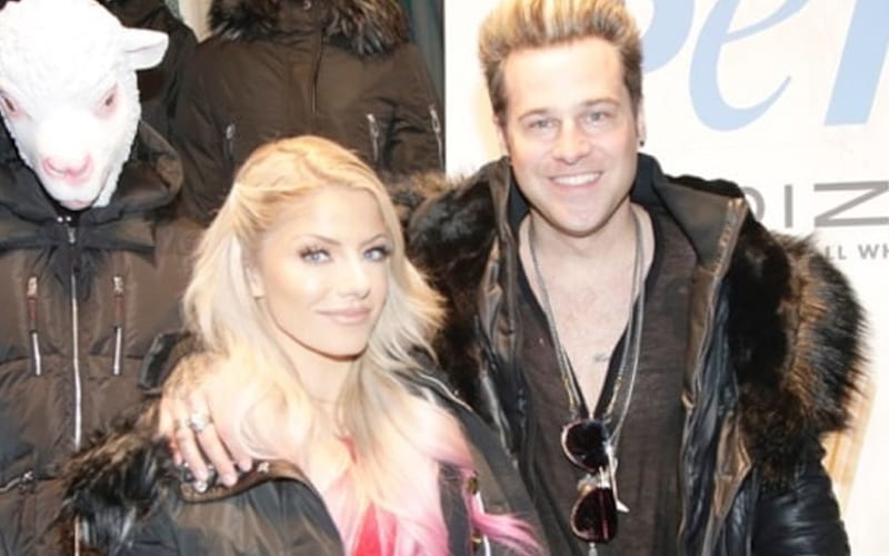 alexa-bliss-ryan-cabrera-42