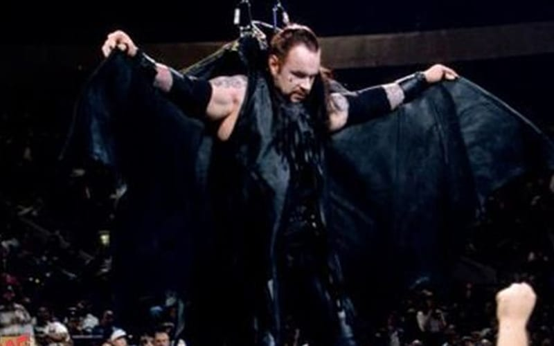 undertaker-8428-bat-wings