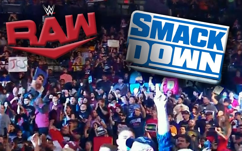 raw-smackdown-fans