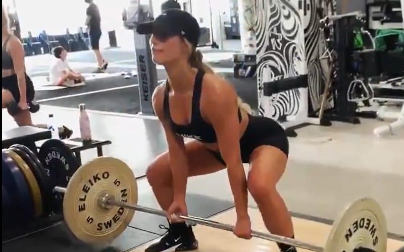 carmella-424-workout