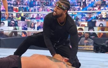 Jimmy Uso Returns & Throws In The Towel During Universal Title Match At WWE Clash Of Champions