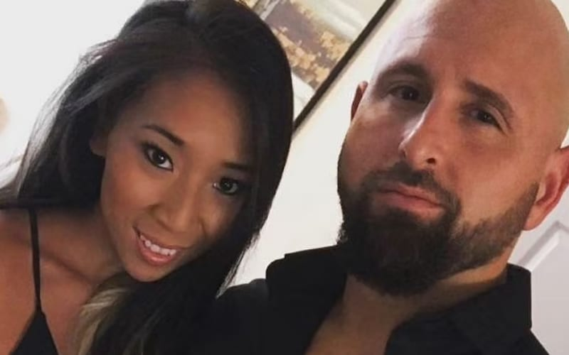 karl-anderson-wife-4