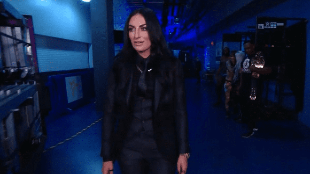 Sonya Deville returns