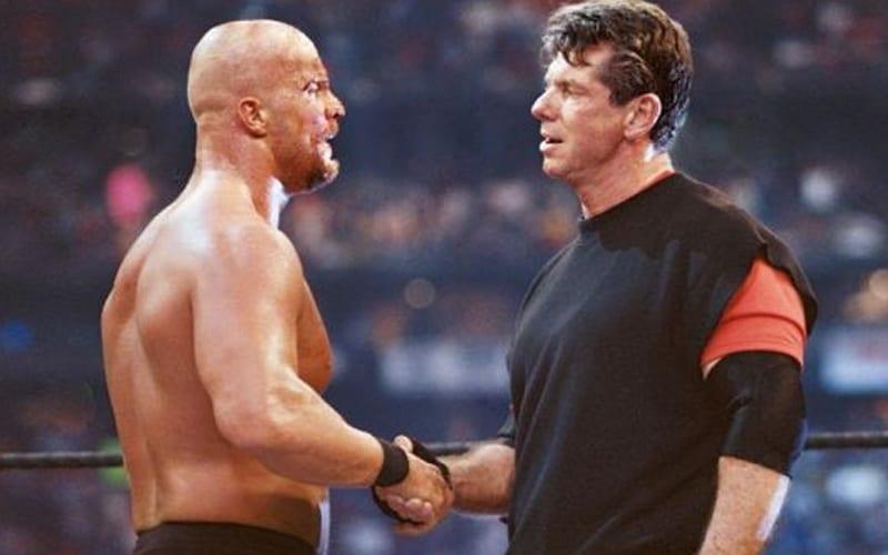 Steve-Austin-Heel-Turn-WrestleMania