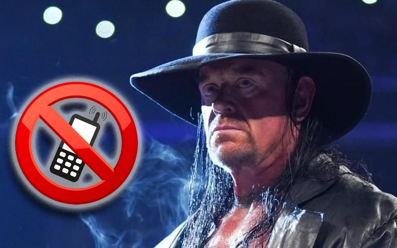 undertaker-cell-phone