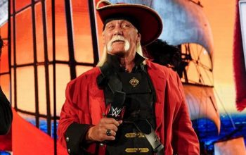 Iron Sheik Absolutely Drags Hulk Hogan Over WrestleMania Pirate Costume
