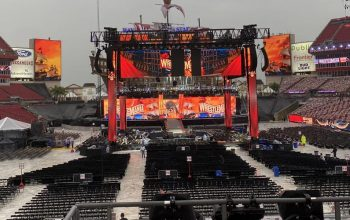 WrestleMania Fans Allowed Back In Stadium After Evacuating